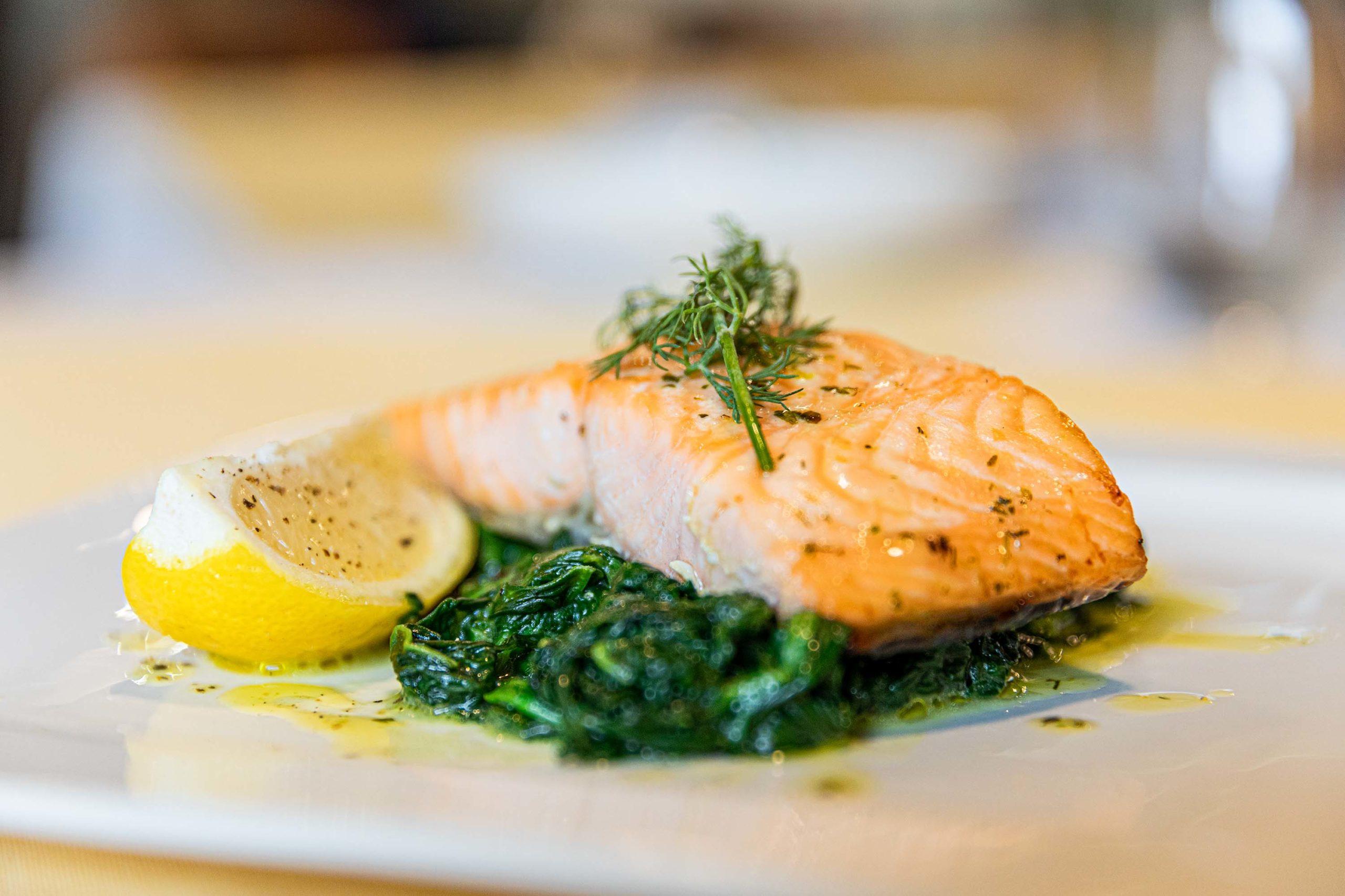 salmone ristorante the aviator